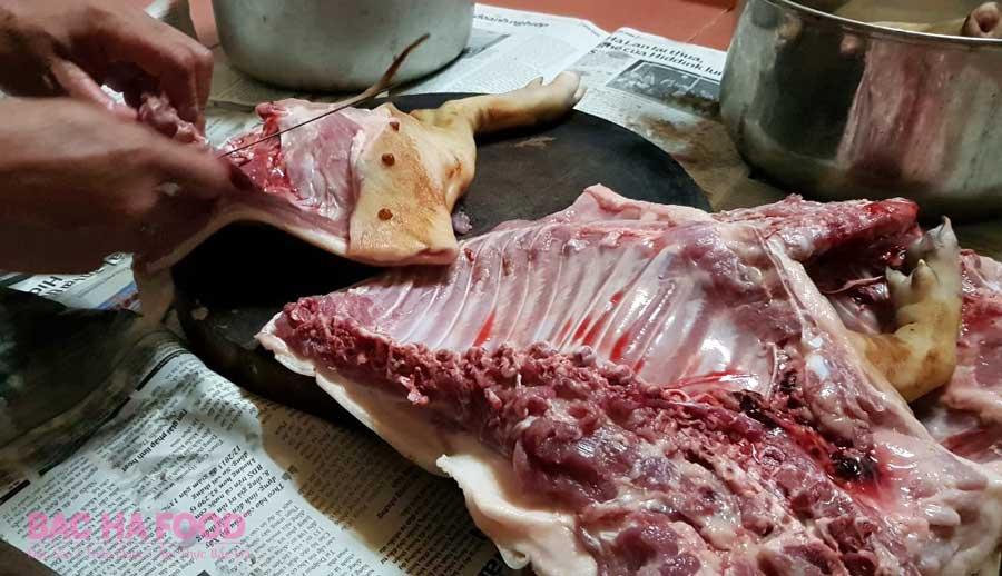 rút xương lợn cắp nách
